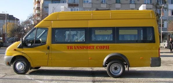 microbuze elevi